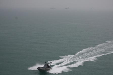 Pirates rob American ship in U.S.-guarded Iraqi waters